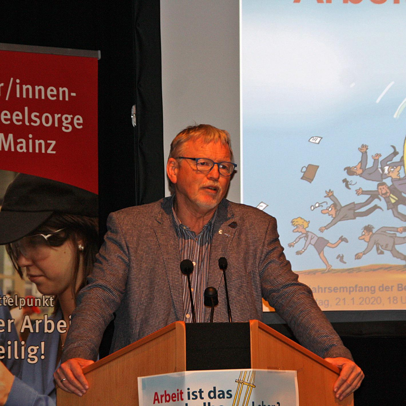 Referent Manfred Böhm (c) bss