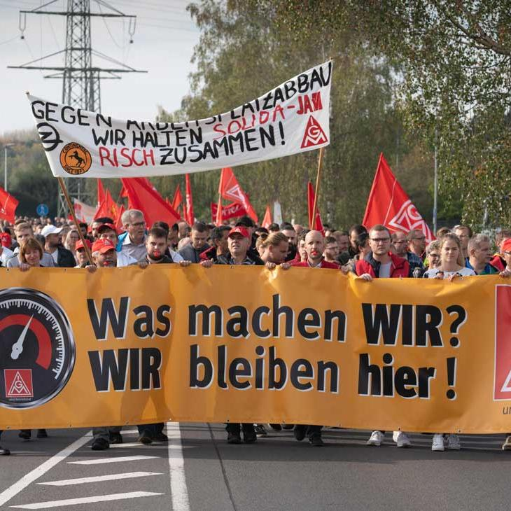 Demonstration in Babenhausen (c) igmetall