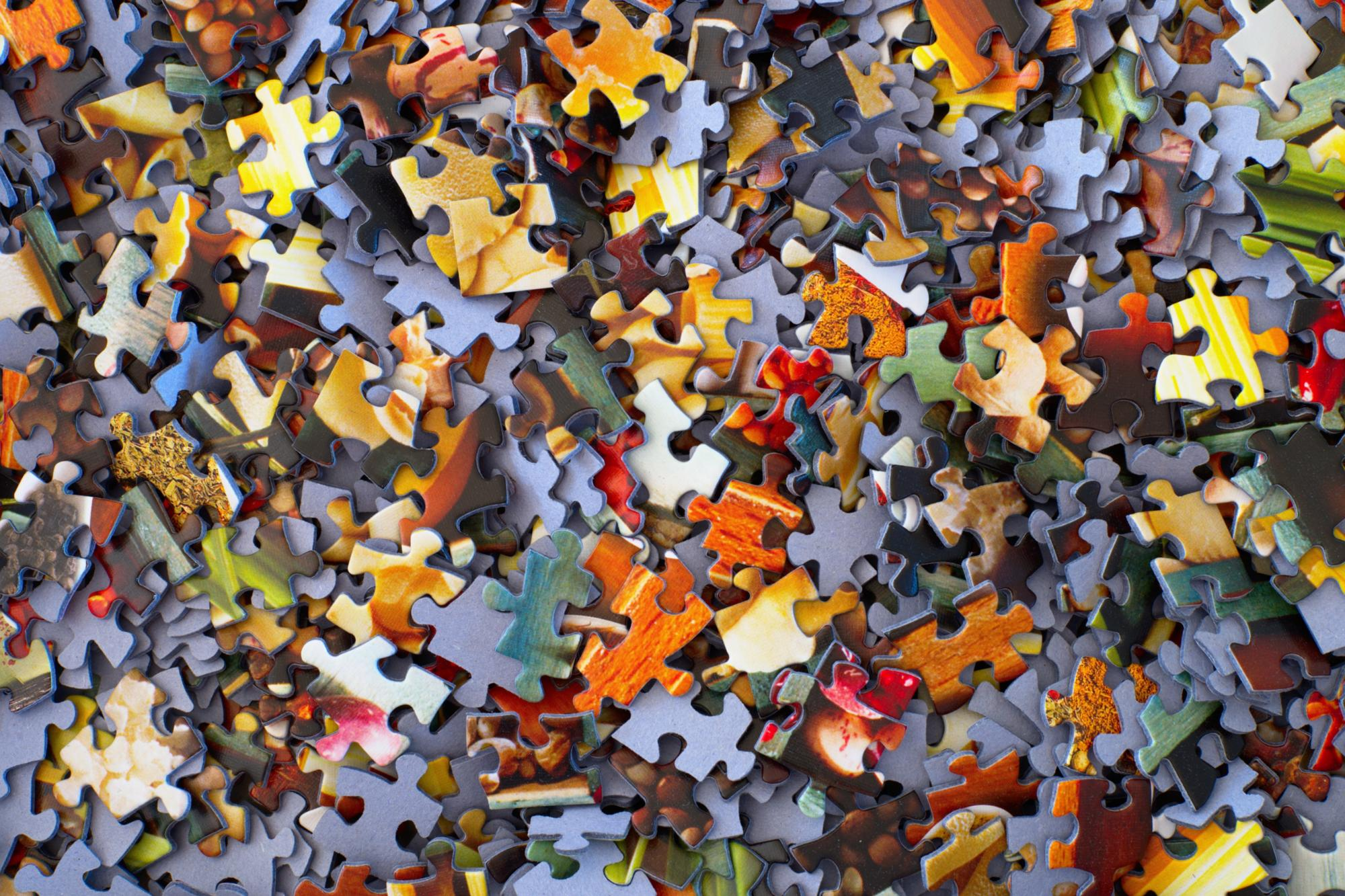 Puzzleteile (c) Photo by Hans-Peter Gauster on Unsplash